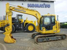 Komatsu PC128 Tracked-Excav Excavator - picture4' - Click to enlarge