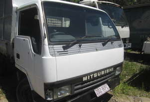1994 Mitsubishi Canter FE4 - Wrecking - Stock ID 1579
