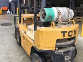 TCM Forklift 1.8ton LPG 1993 model used in cabinet making factory.  - picture2' - Click to enlarge