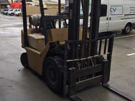 TCM Forklift 1.8ton LPG 1993 model used in cabinet making factory.  - picture3' - Click to enlarge