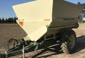 MARSHALL 840T MANURE/FERTILIZER SPREADER
