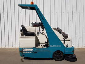 LPG Tennant Sweeper - picture0' - Click to enlarge