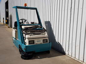 LPG Tennant Sweeper - picture1' - Click to enlarge