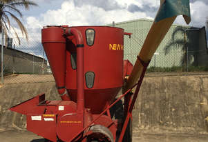 New Holland 352 Hammer Mill Hay/Forage Equip