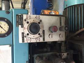 BOY  Moulding Machine - picture5' - Click to enlarge