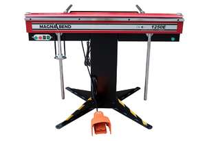 MAGNABEND Model: 1250mm x 1.6  Electro magnetic Sheet Metal Folding Machine. 4 Blades Included