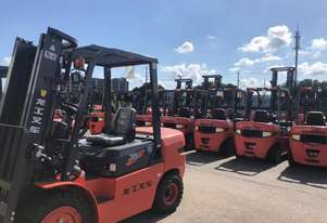 Lonking China Top Three Forklift Supplier FD35T 3500Kg Capacity