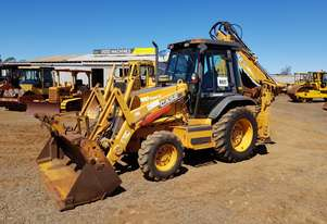 2005 Case 580 Super M 4WD Backhoe *CONDITIONS APPLY*