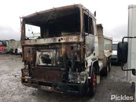 1991 Volvo F12 - picture1' - Click to enlarge