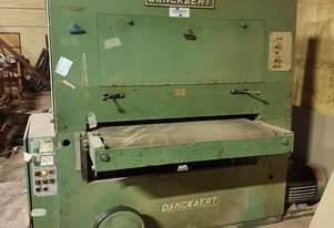 Danckaert wide belt sander with twin woodman dust extractor