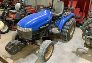 New Holland TC290 HST  FWA/4WD Tractor