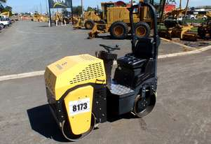 2018 Unused Storike ST-1000 Vibrating Dual Smooth Drum Roller *CONDITIONS APPLY*