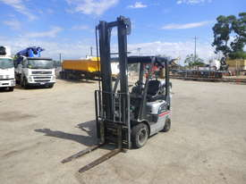 Circa 2007 Nissan L01A18U 1.8 Tonne LPG Forklift - picture0' - Click to enlarge