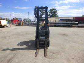 Circa 2007 Nissan L01A18U 1.8 Tonne LPG Forklift - picture1' - Click to enlarge