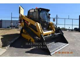 CATERPILLAR 239DLRC Multi Terrain Loaders - picture0' - Click to enlarge