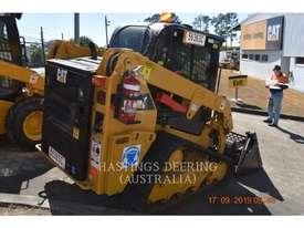CATERPILLAR 239DLRC Multi Terrain Loaders - picture1' - Click to enlarge
