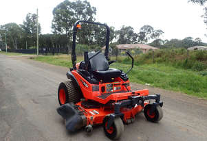 Kubota ZD326 Zero Turn Lawn Equipment