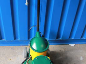 HAKO ROTOBIC RSP SUCTION POLISHER  - picture3' - Click to enlarge