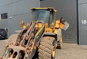 Volvo L120F Wheel Loader For Wrecking