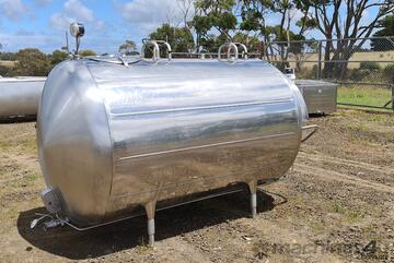 3,000lt STAINLESS STEEL TANK, MILK VAT