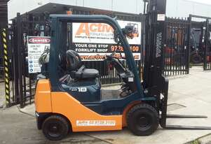 2013 model Toyota 8fg18 Forklift for sale- 3.7m lift 1.8 ton solid tyres runs like new