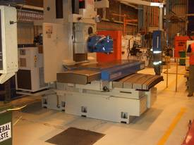 Combi U6 Universal Milling Machine - picture9' - Click to enlarge