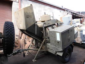 diesel powered hyd load concrete mixer , 200ltr 1 left , price reduced to clear  - picture10' - Click to enlarge