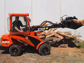 Angry Ant DY840 Mini Articulated Loader