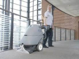 AX410 Self Contained Carpet Extractor