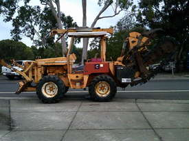 8020  trencher plow / combo , ex telstra fleet , 1668 hrs , new chain sprockets and teeth - picture4' - Click to enlarge
