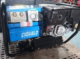 CIGWELD Petrol Welder Generator 190 AMPS 3 Phase  - picture3' - Click to enlarge