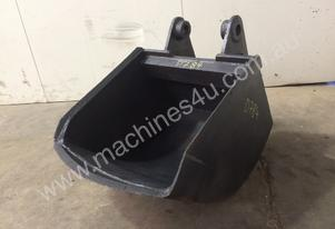 600MM SAND BUCKET HEAVY DUTY SUIT 7-8T EXCAVATOR D