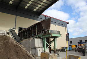 Australian Weighing Equipment Front End Load Feeder - Used