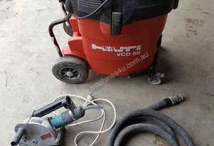 Dry chasing saw / vacuum cleaner combo