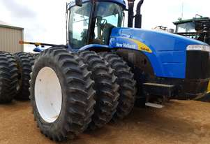 New Holland T9040 FWA/4WD Tractor