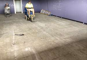 Floor tile and carpet stripper