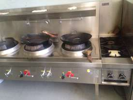 Three Hole 18 jet Duckbill Burner Wok Table and two gas burner 'clip on'  - picture1' - Click to enlarge