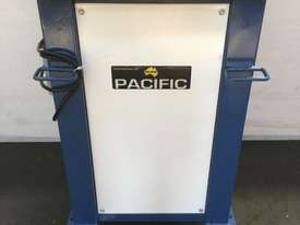 Pacific Power Flanger - picture0' - Click to enlarge