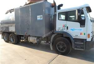 2004 Iveco DCS Renegade Sewer Jetting Vacuum Combination Truck
