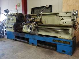 Metal Lathe 660x2000mm, 105mm Spindle Bore - picture4' - Click to enlarge