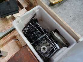 Metal Lathe 660x2000mm, 105mm Spindle Bore - picture16' - Click to enlarge