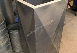 Air silencer for dust or fume extraction