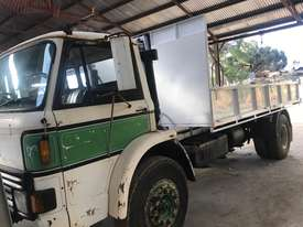 FORD D SERIES D1414 - picture2' - Click to enlarge