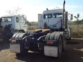 Freightliner  Primemover Truck - picture3' - Click to enlarge