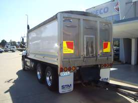 Mack  Tipper Truck - picture6' - Click to enlarge