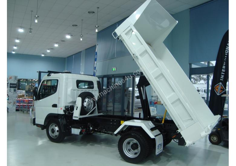Fuso Canter 815 Tipper Truck