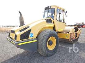 BOMAG BW213D-4 Vibratory Roller - picture2' - Click to enlarge