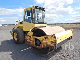 BOMAG BW213D-4 Vibratory Roller - picture3' - Click to enlarge