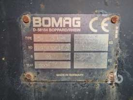 BOMAG BW213D-4 Vibratory Roller - picture4' - Click to enlarge