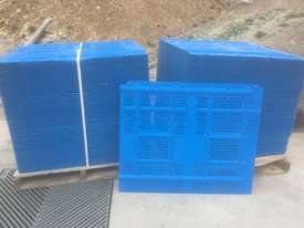 SCAFFGUARD CONTAINMENT PANELS - picture0' - Click to enlarge